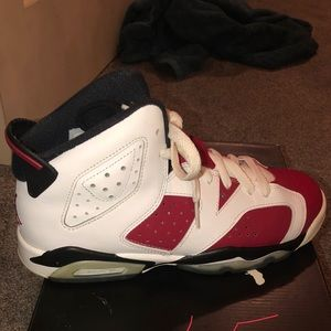 Other - A pair of Jordan shoes